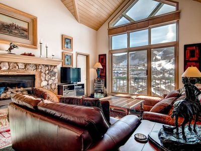 Photo for Terrific views of Beaver Creek Mountain from this spacious and airy condo