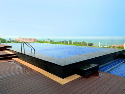 Photo for Luxury 2BDR Condo 200m From Beach