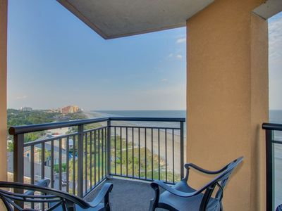 Photo for Breathtaking Direct Oceanfront 3BR Corner Condo at The Island