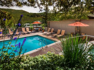 Photo for Ski-In 3 Bedroom Condo with Jacuzzi Tub and Balcony! | Outdoor Hot Tub Access