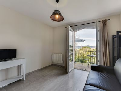 Photo for Cosy apartment for 2 guests with TV, balcony and parking