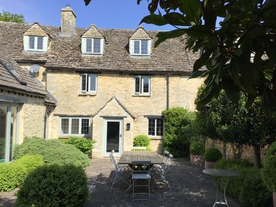 Photo for Explore Oxford and the Cotswolds from Charming, Spacious 17th Century Cottage