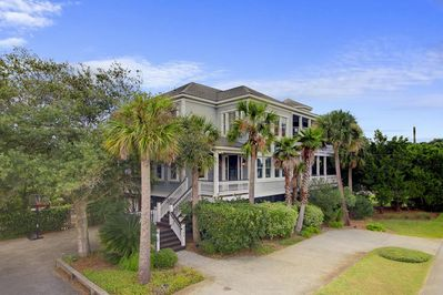 The Perfect IOP Vacation, 2701 Palm Bouelvard