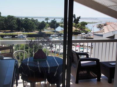 Photo for T2 rental on the Arcachon basin with sea view