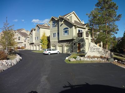 Photo for Nice and comfortable townhome near the shores of Lake Dillon! Private hot tub.