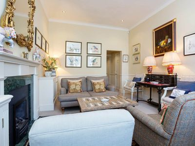 Photo for 2 bed apartment, in exclusive Kensington (Veeve)