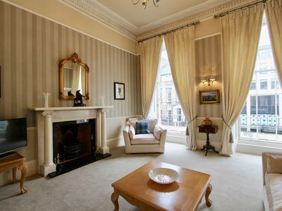 Photo for 1BR Apartment Vacation Rental in Edinburgh, Midlothian