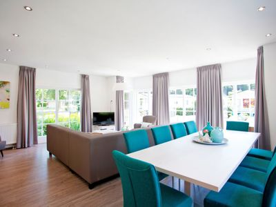 Photo for Vacation home Deluxe 10 personen in Ede - 10 persons, 5 bedrooms