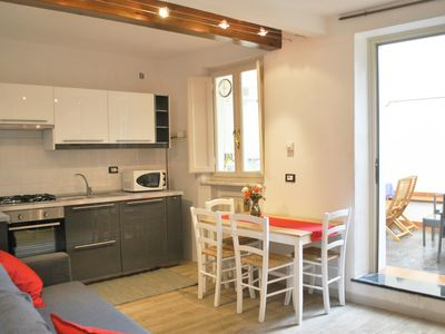 Photo for SeaNCity 'Relax in the city' -Lucca bright and quiet apartment with courtyard