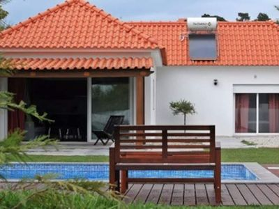 Photo for Countryside house with swimming pool near Óbidos, Baleal and Peniche