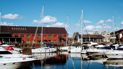 Photo for Swansea Apartment - Marina Views