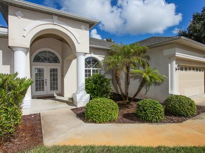 Photo for Minutes to Manasota Beach and Venice shops and restaurants, huge pool, privacy,