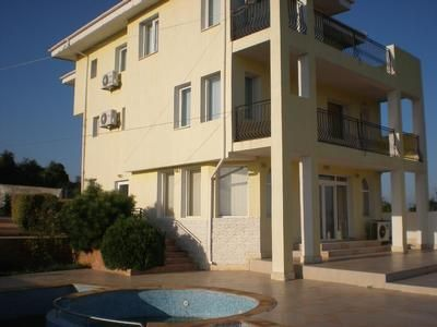 Holiday house Byala for 10 - 14 persons with 4 bedrooms - Holiday house