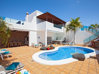 Photo for PURE LUXURY 4 Bedroom 5 bathroom Villa With  Heated pool, Aircon and Hot Tub