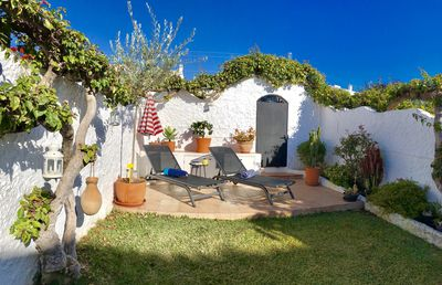 Wonderful private garden to relax in