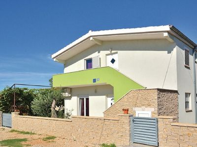 Photo for Lovely holiday house with private pool, charming open kitchen, 3km from old town