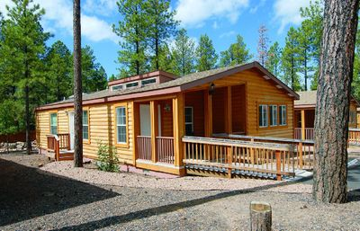 Photo for Pinetop 2BR Cabin w/ Fireplace & Full Kitchen in Arizona's White Mtns!