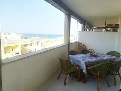Photo for Holiday Apartment Near the Beach with Wi-Fi, Air Conditioning and Balcony with Sea View; Pets Allowed