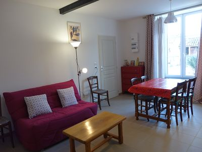 Photo for Cottage 5 to 7 people. 20 minutes from La Rochelle, 10 minutes from the Marais Poitevin.