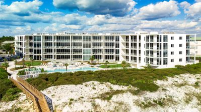 Photo for Expansive Gulf Views! Resort Style Pool! Professionally Decorated!