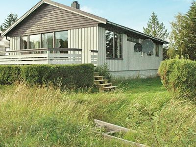 Photo for 12 person holiday home in Kvenvær