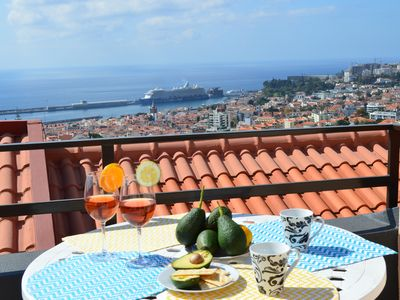 Photo for House in Funchal with pool and beautiful sea view Free Wifi