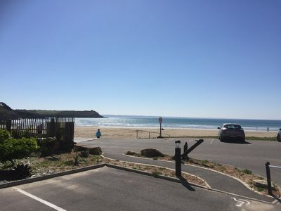 Photo for n ° 8 located on the seafront, SOUTH direct access to the beach