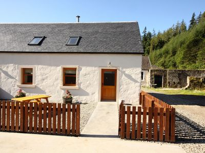 Photo for Fabulous converted farm courtyard cottage, near Dunoon, sleeps 4