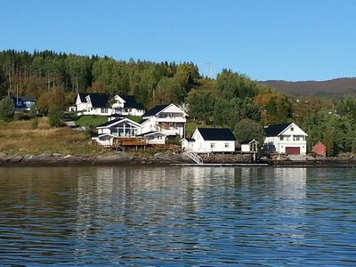 Photo for Beautiful apartment right on the fjord for 4 people including 25 HP boat