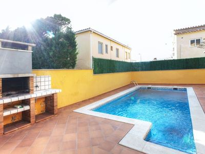 Photo for Vacation home Esteve in L'Escala - 8 persons, 4 bedrooms