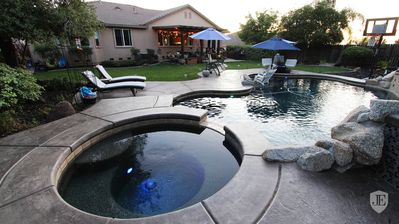 Photo for Fabulous Grand Home Pool~Jacuzzi Central Walkable