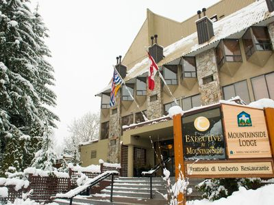 Mountainside Lodge - Deluxe Suite in Whistler Village