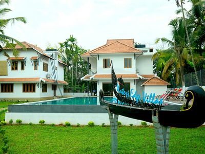Photo for Water's Edge Villas Luxury Backwater Boutique Hotel