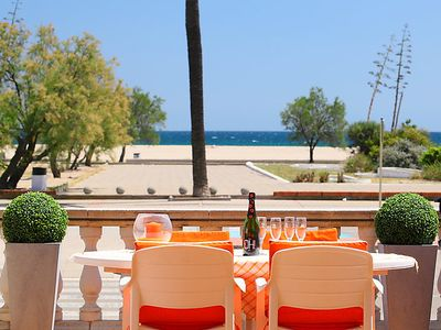 Photo for Empuriabrava Holiday Home, Sleeps 6 with Air Con and Free WiFi
