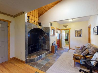 Photo for Cozy & quiet mountain home w/fireplace, backyard & grill - close to downtown!