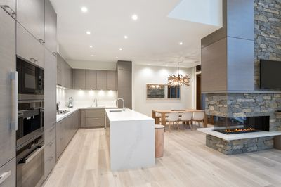 Gourmet kitchen perfect for entertaining.