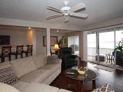 Photo for STUNNING! 2 Levels - 2800  3 Bed/4 Bath AMAZING VIEWS! Sleeps 8+