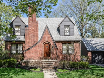 Photo for 1000 steps / .5 mi walk to The Big House • Old West Side • Charming Tudor Home