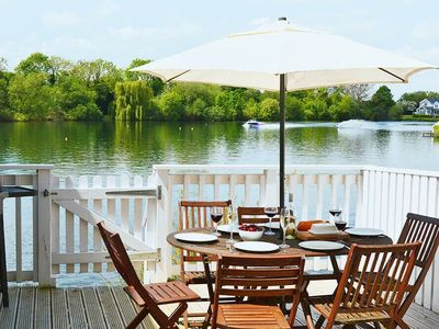 Photo for From £18 pppn. Stylish pet-friendly lakeside retreat in the Cotswold Water Park