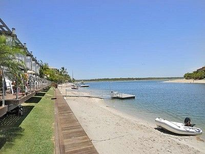 Photo for Absolute Water Frontage on Noosa River! Unit 5 Driftwood, 9 Barbados Crescent