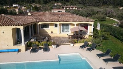 Photo for Pretty contemporary villa 250m2 ideal for 12 with 10x5 meter swimming pool