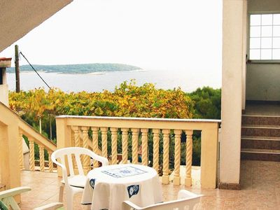 Photo for Two bedroom apartment with terrace and sea view Brgujac, Vis (A-8919-b)