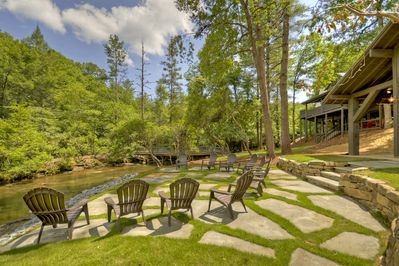 Creek front with your own private island! - McCaysville