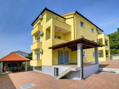 Photo for Apartment House Kralj in Medulin - 4 persons, 1 bedrooms