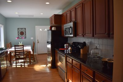 Kitchen Coffee includes Keurig and potted coffee makers. Nice dishes, cookware.