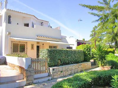 Photo for 3 bedroom Villa, sleeps 6 in Vale do Lobo with Air Con and WiFi