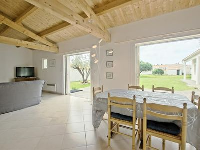 Photo for HOLIDAY HOME FOR 6 PEOPLE IN BOIS PLAGE