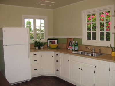Photo for Jane' Creek Cottage-Newly Remodeled Arcata Cottage Close to Campus & Town!