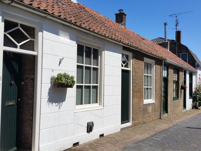 Photo for Beautifully styled house with garden for 4 pers. in the centre of Brouwershaven