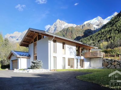 Photo for Stunning Modern Chalet Chamonix Valley Mont Blanc - Panoramic Views